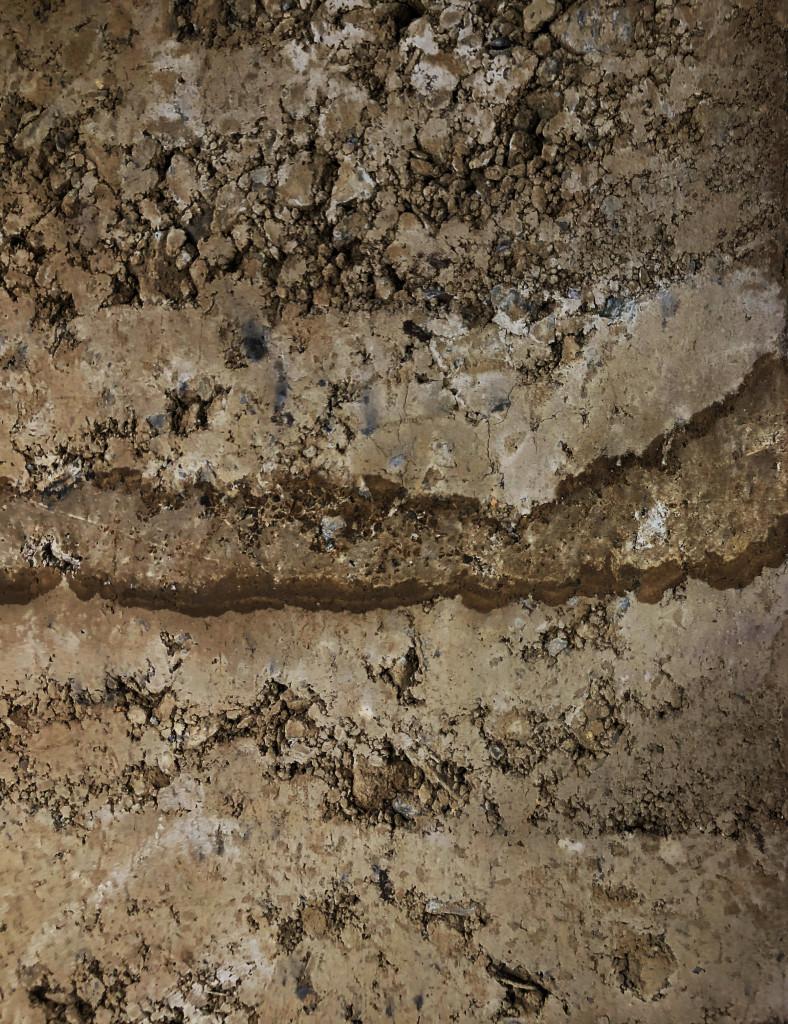 terra-cruda-pise-dettaglio-muro
