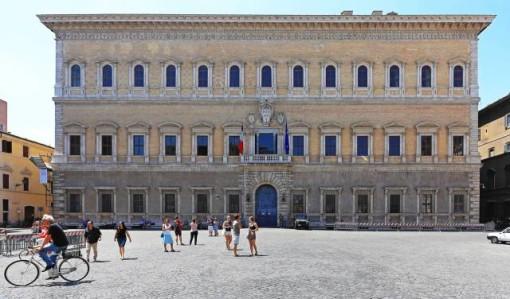 palazzo-farnese-roma